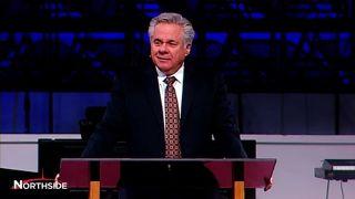 Dr. Joe Brown Preaches on Luke 2